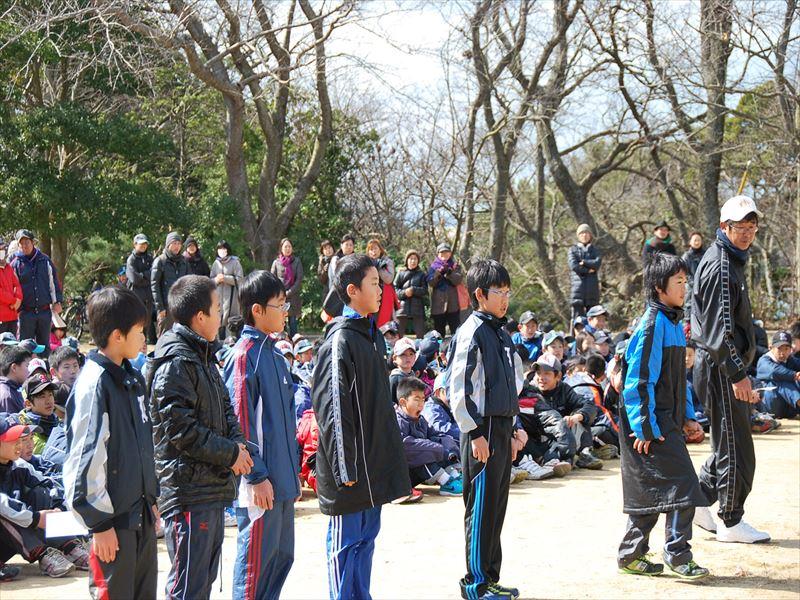 3年生以下の部で3位の表彰を受ける中谷学斗選手